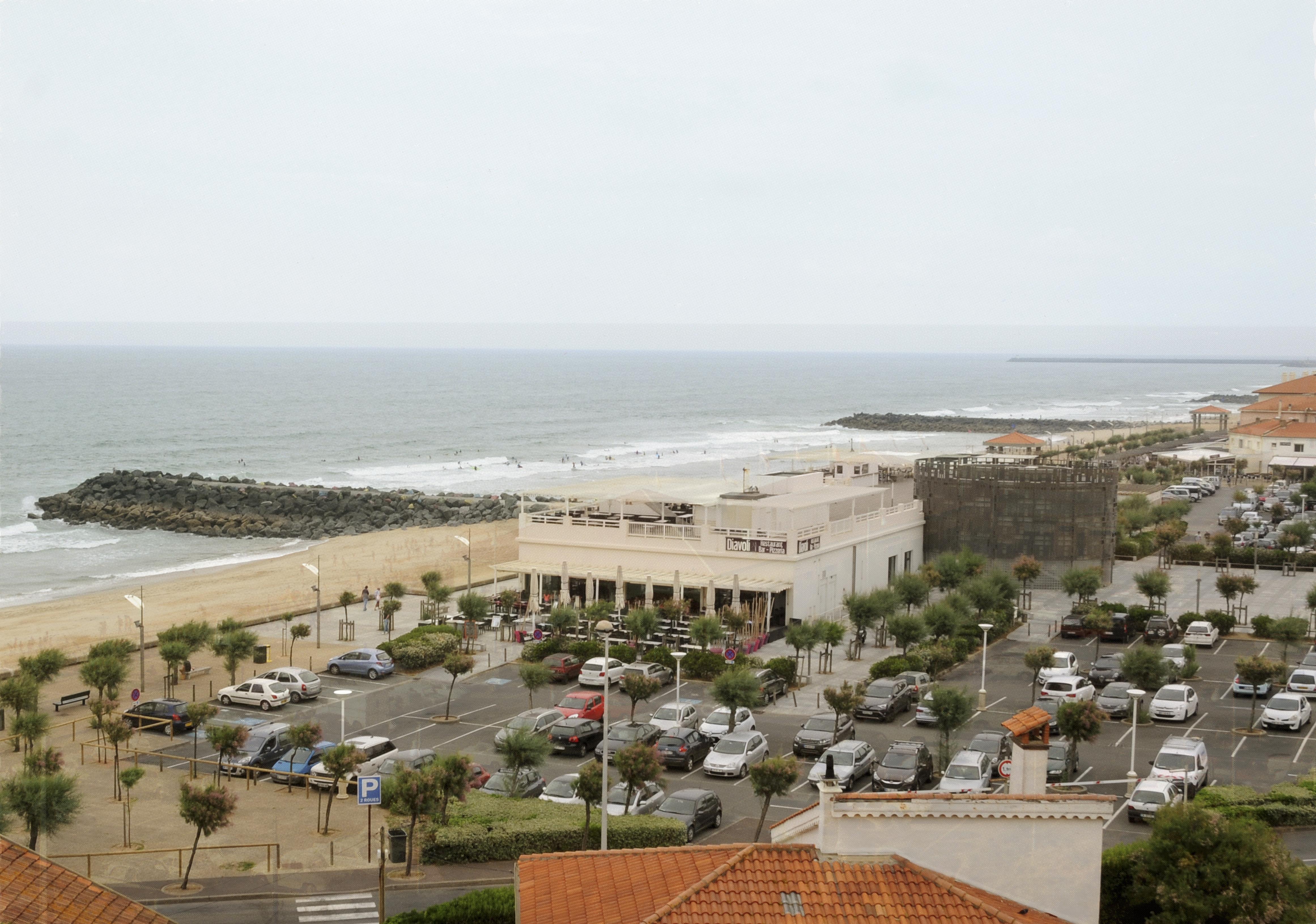 Avant Après #3 Côte Basque_La plage du club et l'espace de l'Océan à la chambre d'amour