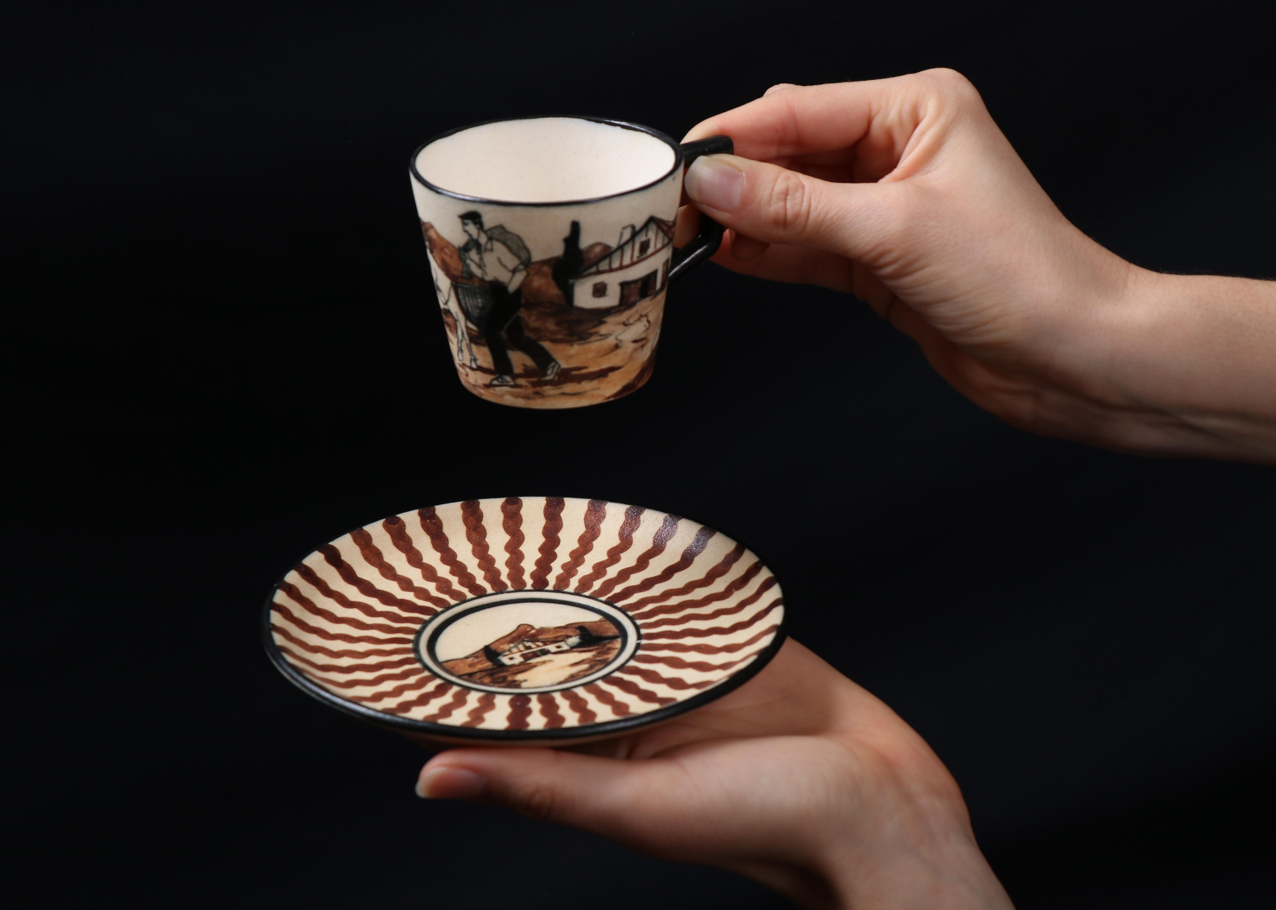 Service à café,  Étienne Vilotte. Photographie Alain Arnold, Laida Camblong.